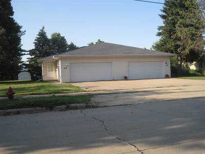 Kimberly Multi Family Home Active-Offer No Bump: 704 Lamers