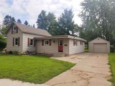 Shawano Single Family Home Active-Offer No Bump-Show: 1114 S Lafayette
