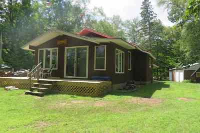 Oconto County Single Family Home Active-No Offer: 17436 Birchwood Point