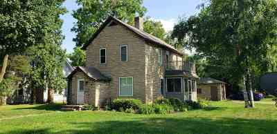 Waupaca Single Family Home Active-Offer No Bump: 502 Waupaca