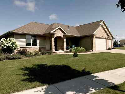 Combined Locks Single Family Home Active-No Offer: 648 Rusch