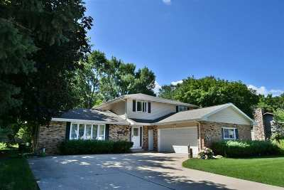 Menasha Single Family Home Active-No Offer: 435 Frances