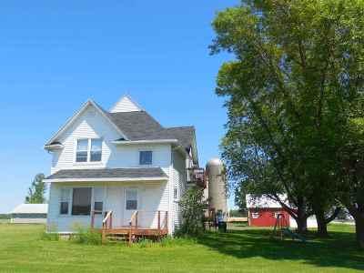 Green Bay Multi Family Home Active-No Offer: 5093 Algoma