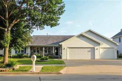 Appleton Single Family Home Active-No Offer: 1817 E Wyndmere