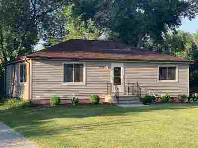 Neenah Single Family Home Active-No Offer: 1725 Hwy O