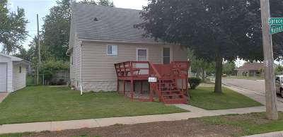 Neenah Single Family Home Active-Offer No Bump: 127 Spruce