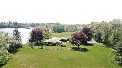Shawano Single Family Home Active-No Offer: W7558 Hwy Mmm