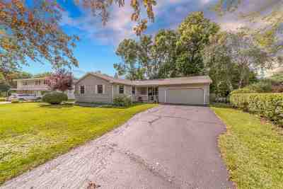 Oshkosh Single Family Home Active-Offer No Bump: 949 Starboard