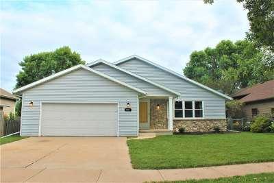 Single Family Home Active-Offer No Bump: 2911 E Dietzen