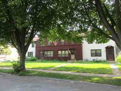 Green Bay Condo/Townhouse Active-No Offer: 1009 Reed