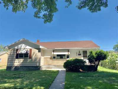 Marinette Single Family Home Active-No Offer: 1634 Oakes