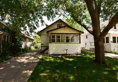 Oshkosh Single Family Home Active-No Offer: 732 Evans