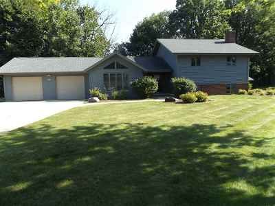 Appleton Single Family Home Active-No Offer: N394 Breezewood