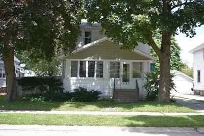 Green Bay Multi Family Home Active-No Offer: 1327 Doty #1327