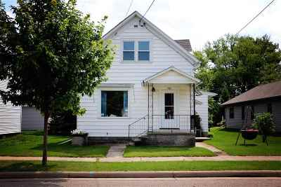 Menasha Single Family Home Active-No Offer: 705 Paris