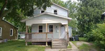 Neenah Single Family Home Active-No Offer: 115 Tyler