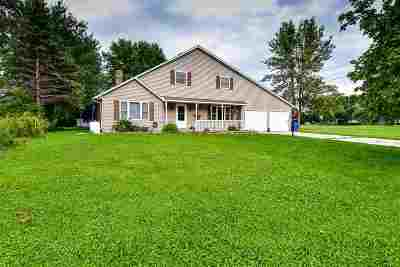 Pulaski WI Single Family Home Active-Offer No Bump: $187,000