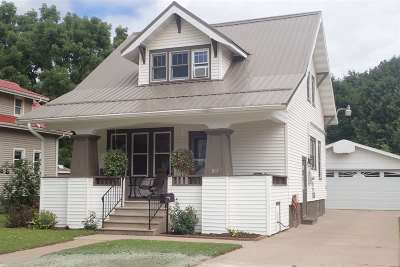 Shawano Single Family Home Active-No Offer: 813 E 5th