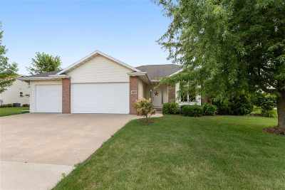 Kaukauna Single Family Home Active-Offer No Bump: 223 Sunny Meadows