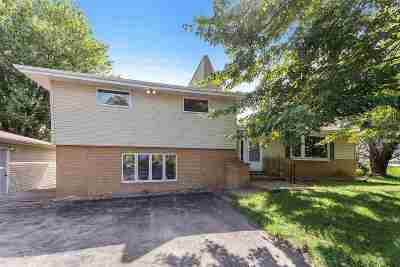Appleton Single Family Home Active-Offer No Bump: N3610 Hwy Ee