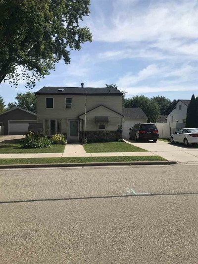 Neenah Single Family Home Active-No Offer: 632 Roosevelt
