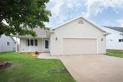 Neenah Single Family Home Active-Offer No Bump: 2525 Maple Grove