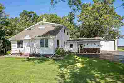 Gillett Single Family Home Active-Offer No Bump: 5745 Hwy 22