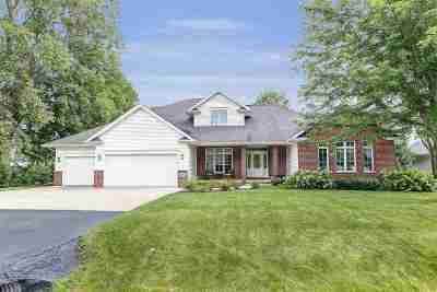 Appleton Single Family Home Active-No Offer: 2231 E Elmview