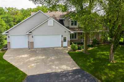 Oshkosh Single Family Home Active-No Offer: 4274 Bellhaven