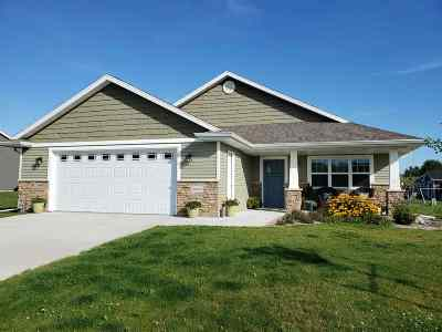 Sherwood Single Family Home Active-No Offer: W4819 Nature