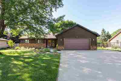 Appleton Single Family Home Active-Offer No Bump: 4721 W Bluebell