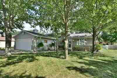 Appleton Single Family Home Active-No Offer: 2823 E Rock A Way