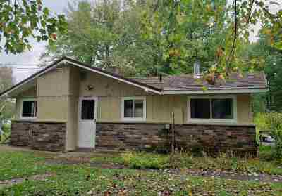 Marinette County Single Family Home Active-No Offer: N6475 Plains