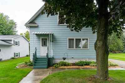Kaukauna Single Family Home Active-No Offer: 1801 Lawe