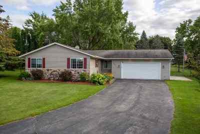 Seymour Single Family Home Active-Offer No Bump: 620 Sally
