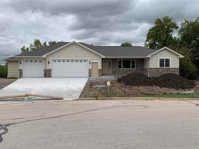 Green Bay Single Family Home Active-No Offer: 2250 Daly