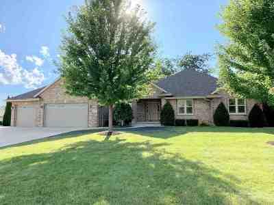 Green Bay Single Family Home Active-No Offer: 450 Ontario