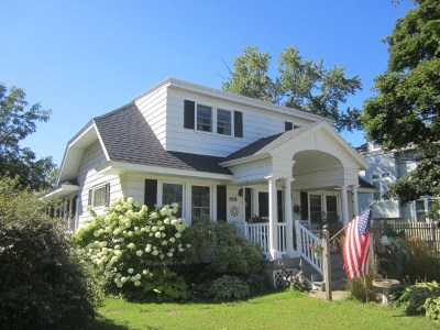 Marinette Single Family Home Active-Offer No Bump: 2727 Hall