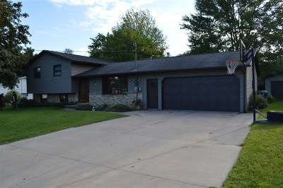 Kaukauna Single Family Home Active-Offer No Bump: N4011 Liberty