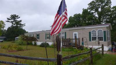 Waupaca Single Family Home Active-No Offer: N4642 Anderson