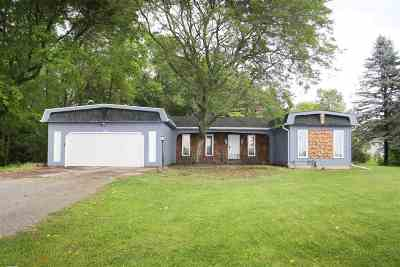 Oneida Single Family Home Active-Offer W/Bump-Show: W1106 Old Seymour