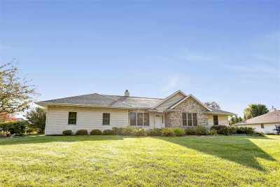 Suamico Single Family Home Active-Offer No Bump: 1159 Inlet