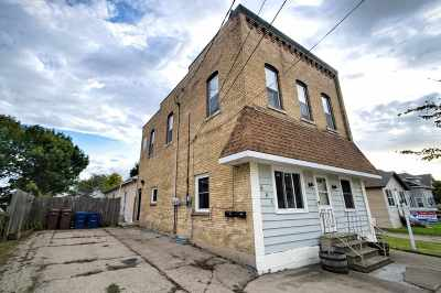 Menasha Multi Family Home Active-No Offer: 621 5th