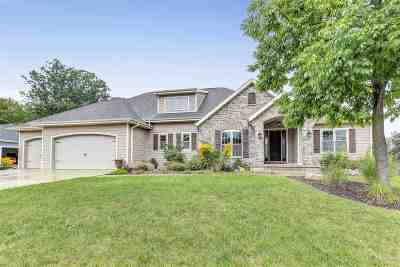 Green Bay Single Family Home Active-No Offer: 668 Marble Rock