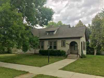 Marinette County Single Family Home Active-Offer No Bump: 350 State