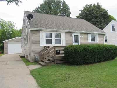 Green Bay Single Family Home Active-Offer No Bump: 904 Gallagher
