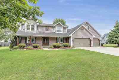 Pulaski WI Single Family Home Active-No Offer: $249,900