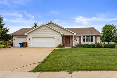 Menasha Single Family Home Active-No Offer: 1416 Southfield