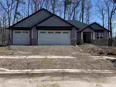 Green Bay Single Family Home Active-No Offer: 1266 Velsen