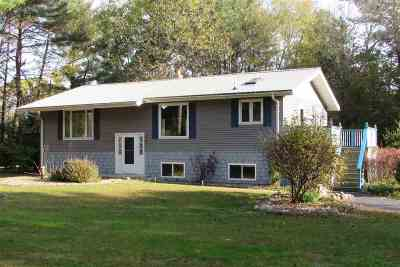 Waupaca Single Family Home Active-No Offer: N2060 Evergreen